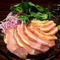 料理メニュー写真地鶏のたたき~わさび醤油~