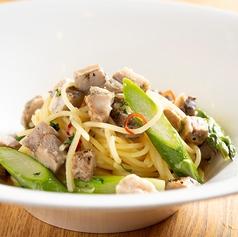 ローストポークと季節野菜のペペロンチーノ