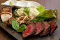 料理メニュー写真炭火焼 ROBA MEATS 塊肉500g 葡萄牛塊肉+三元豚のロース+古白鶏のもも肉