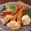 料理メニュー写真エビフライ(エビ3尾)