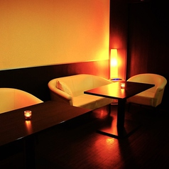 テーブル席は連結させて、大人数にも対応可能です!!それぞれ仕切られておりますので、皆様だけの空間をお楽しみください。