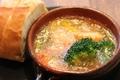 料理メニュー写真海老と野菜のアヒージョ(バケット付き)