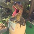 ダイナソーに入ったら卵に入った恐竜がお出迎え☆