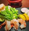 料理メニュー写真海老と夏野菜のアヒージョ