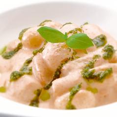 料理メニュー写真明太子と長芋のクリームニョッキ