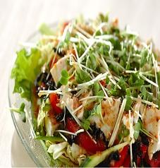 料理メニュー写真エビと豆腐の和風サラダ
