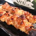 料理メニュー写真おやもも串(2本)