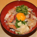 料理メニュー写真海鮮ユッケ丼 / 海鮮丼【梅】