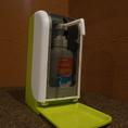 店内入口にアルコール消毒液を設置しております。