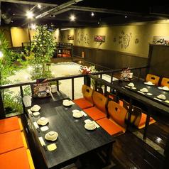 九州自慢松山大街道店には中庭がございます!日々の喧騒を忘れさせてくれるような贅沢な作りになっております。接待や慶弔などにも最適です。