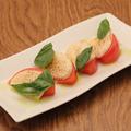 料理メニュー写真【ソイメニュー】炙り豆乳チーズとトマトのカプレーゼ