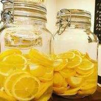 食前・食後酒におすすめの『自家製レモンチェッロ』♪