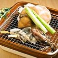 料理長拘りの和食の数々。春夏秋冬移り変わる「旬」を追い、季節の訪れを告げる限定のメニュー。大船渡市場や小石浜の帆立、三陸町など岩手の自然の恵みをふんだんに取り入れた日本料理を堪能できるお店です。