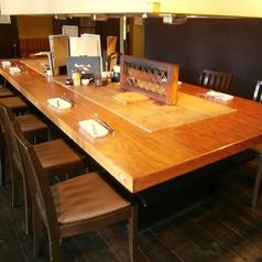 ゆったり大きなテーブル席で各種宴会を♪