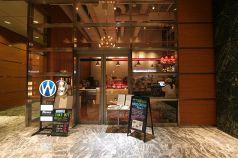 ワイアードカフェ WIRED CAFE NEWS 日本橋三井タワー店の写真