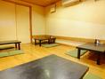 6名席×2、4名席×2。20名まで入れる座敷の個室。襖を外せば隣の部屋と合わせて最大40名まで可能。