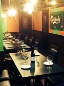 テーブルはレイアウト自由なため、2名様~団体様までお気軽にお立ち寄り頂けます。仕事帰りのお食事にもどうぞ♪