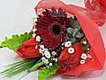 ●【花束サービス】※無料・有料ありコースにミニブーケ等の花束が含まれるサービスもございます。お客様のご要望で提携の花屋に代行でお花のオーダーも可能です。■ミニブーケ800円~■花束2000~5000円(※価格は目安です、お客様のご予算や要望で注文可能です)