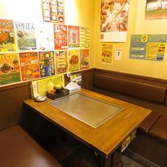 全テーブル鉄板付きなので、アツアツ料理を心行くまで堪能できます。広島で本場のお好み焼きを食べるならここ!