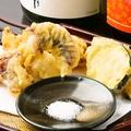 料理メニュー写真明石タコと野菜の天プラ ~お塩で~
