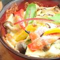 料理メニュー写真燻製ベーコンと季節野菜のアンチョビソテー