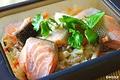 料理メニュー写真鮭キノコ釜めし