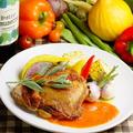 料理メニュー写真初夏のたっぷり野菜と大山鶏のロースト~ロメスコソース