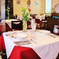 隠れ家的レストランは、記念日や誕生日などにもピッタリの雰囲気。3000円~予算に応じた料理を用意してくれる。