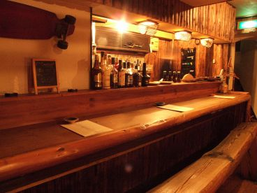 ジナンズ バー Jinan's Barの雰囲気1