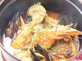料理メニュー写真色々魚介のブイヤベース