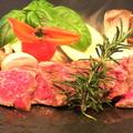 料理メニュー写真国産和牛ステーキ 100g