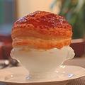 料理メニュー写真秋鮭とホタテのパイ包みスープ