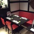 4名用のテーブル席でどんな時間でもお食事やお酒が楽しめます!長岡駅ビル内なのでアクセスも◎
