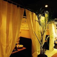 神戸ポークとワインのお店 Bistro Re:MARC 三宮店の雰囲気1