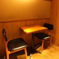 テーブル席もご用意◎ご来店の際にはネット予約がオススメ♪簡単便利な上にポイントも溜まるからお得がいっぱい!