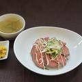料理メニュー写真限定!ローストビーフ丼セット