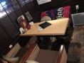 ゆったりとできる店内にはソファ席もございます。2名様~OK!デートに、宴会・女子会にぴったり!クッション・ブランケットもあります!