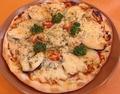 料理メニュー写真野菜ピザ