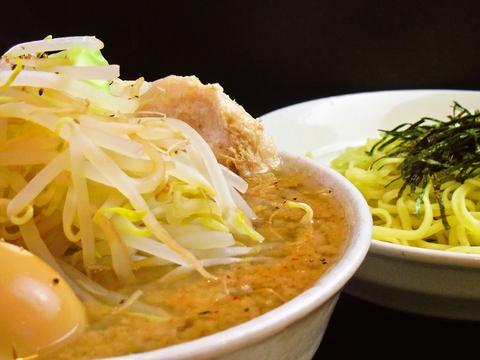 麺や野菜の大盛無料!ボリューム満点、種類豊富なラーメンが食べられるお店。