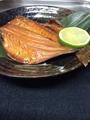 料理メニュー写真つぼ鯛の丸ごと燻製焼き~ウイスキーチップ~