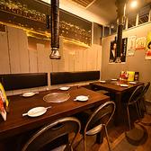 テーブル席を多数ご用意してます!つなげて、6名様や8名様でも利用可能です♪女子会やちょっとしたランチ会、会社の宴会などどんなシーンでも利用可能です!