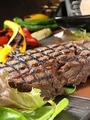 料理メニュー写真和牛のグリエ ヒマラヤ岩塩で…