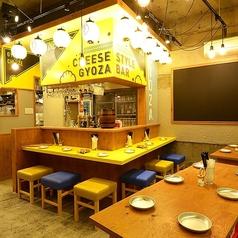 CHEESE STYLE 餃子バル ネオアンジョー 安城駅前店の雰囲気1