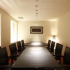 テーブル席の個室はこちらも完全個室となっております!