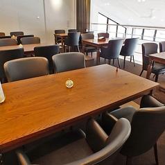 ◆4名様テーブル・2名様テーブルと人数に合わせた席をご用意いたします♪