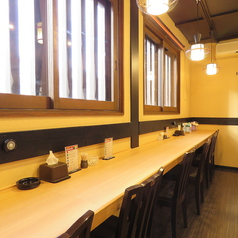 こちらは2階のカウンター席。お一人様でも周りを気にせず静かにお食事いただけます!お仕事の昼休憩などにぴったり!味もボリュームも大満足なランチをご堪能いただけます♪ちょっと贅沢なランチは、是非【白壁のBoorunch】で!