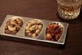 料理メニュー写真ナッツの3種盛り