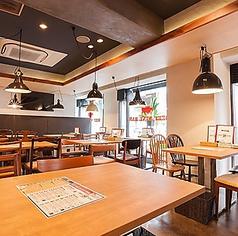 エビスカフェ&バル 西中島店の雰囲気1