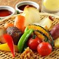 料理メニュー写真彩野菜の素揚げ
