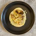 料理メニュー写真きのこソテーの西京味噌ソース添え
